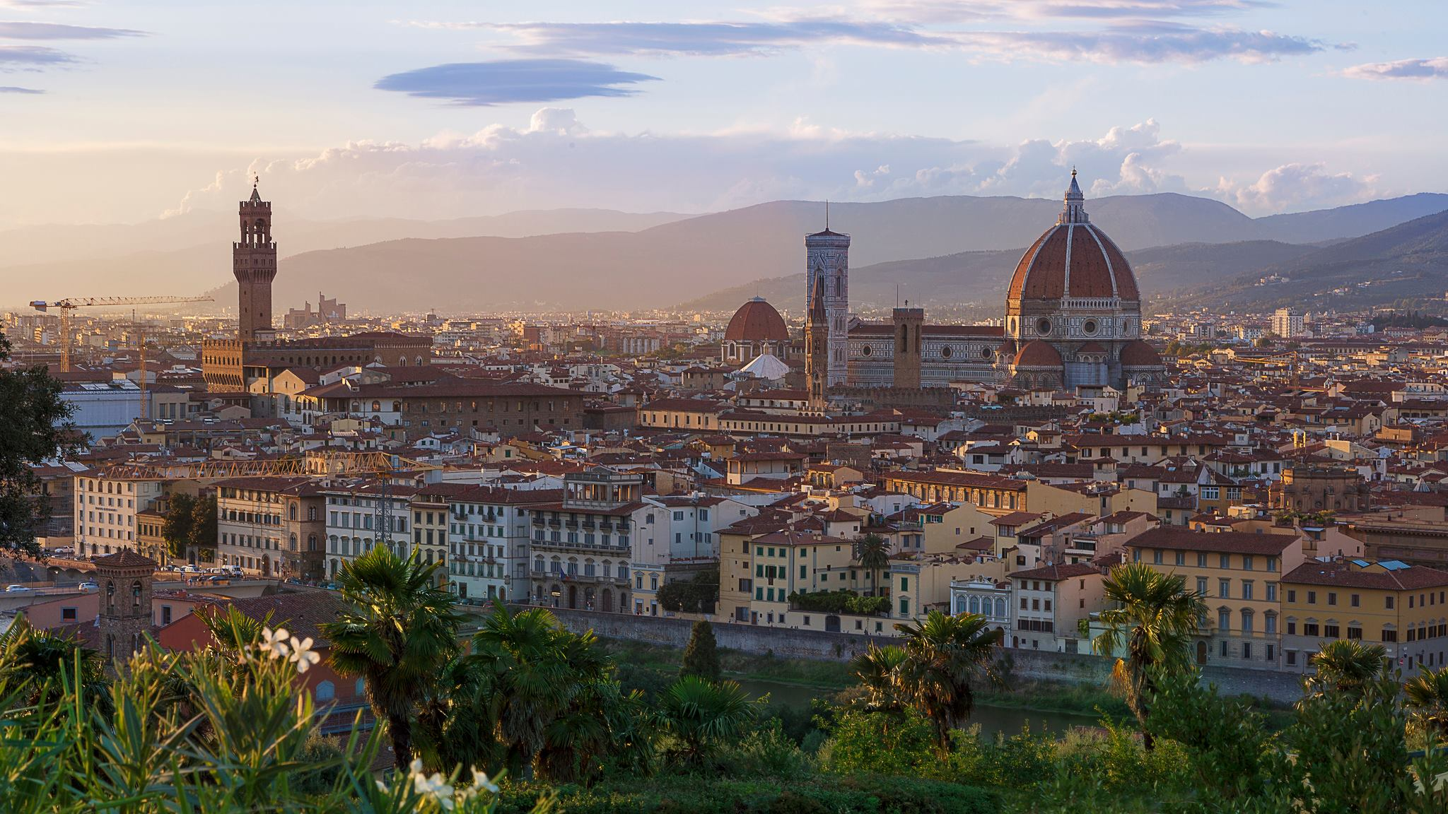 Holiday photos: Florence at Dusk, shot by Matt Caville (@clickinlondon)