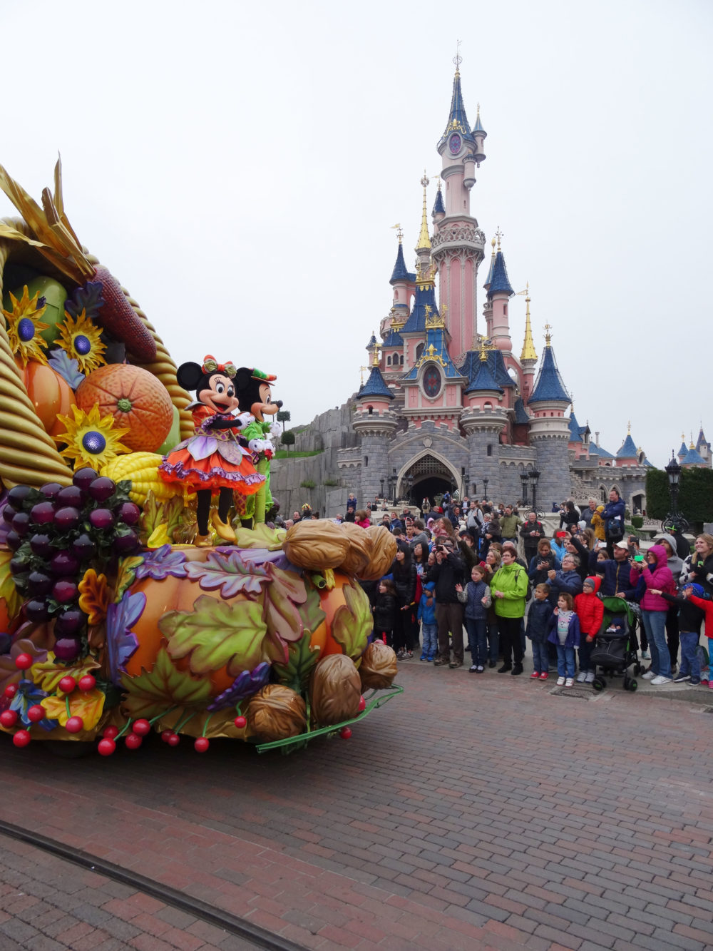 Mickey and Minnie Mouse on Parade at Disneyland Paris