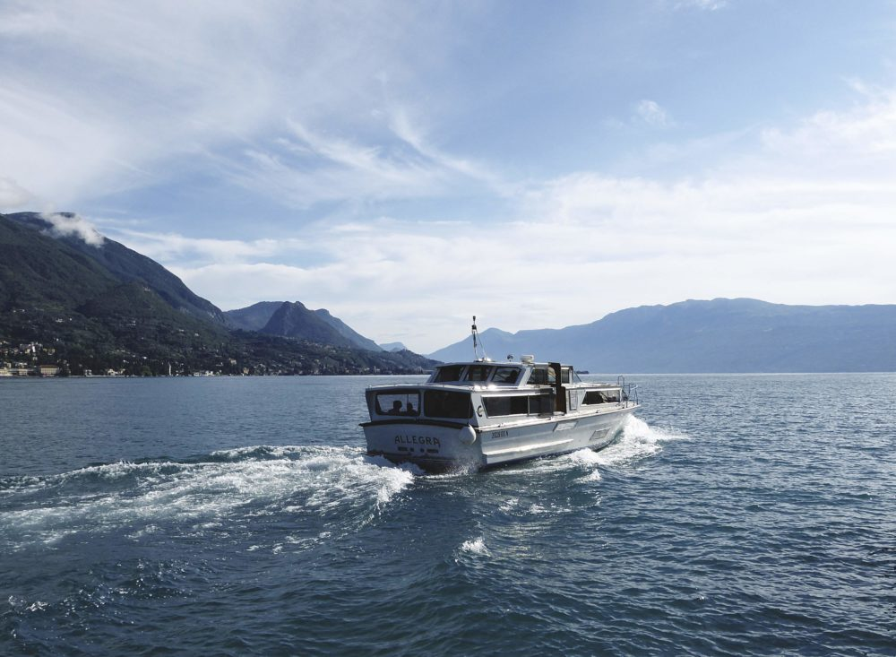 Cruise along Lake Garda